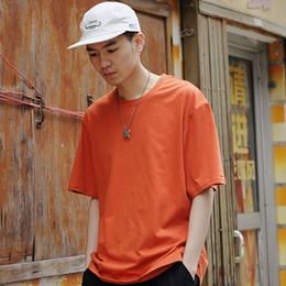 Camisetas de color naranja claro online-ZYY Verano 2019 Harajuku Llanura Camiseta Streetwear Hombres Hip Hop Camiseta Coral Naranja Camisetas Casual Algodón Camisetas básicas Camiseta de manga corta