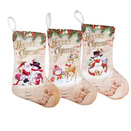 pequeñas bolsas de regalos de tela Rebajas Medias de Navidad 30 * 15 cm Bolsa de Regalo Adornos de Tela Pequeñas Botas Colgante Santa Muñeco de Nieve Ciervos Patrón de Fiesta de Decoración Del Hogar Suministros