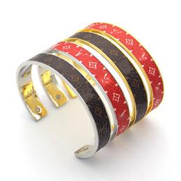 2019 padrões de pulseiras de ouro Novo estilo de flores padrão de couro cuff bangles top marca 316l titanium aço pulseiras de prata de ouro moda jóias padrões de pulseiras de ouro barato