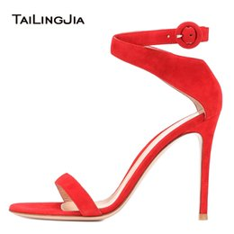 Scarpe da sera ad alta apertura online-Elegante Open Toe Red Sandali con tacco alto White Heeled Wedding Shoes Strappy Evening Dress Heels Ladies Summer Shoes 2018 Taglia 46