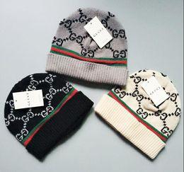 2019 Moda Presente Dos Namorados Outono Inverno Homens Crânio Caps Warming Malha Gorro Masculino Moda Chapéus De Lã de Lã Gorro Ao Ar Livre Chapéus de