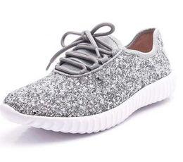 блестящие белые плоские ботинки Скидка Sparkly повседневная обувь Женские золотые кроссовки Дышащие блестящие кроссовки Женские белые туфли на шнуровке Женские Bling Flat Light Shoes Размер 43
