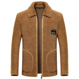 giacca a zip intera Sconti Pelliccia Inverno uomo Jacket casuale gira giù il cappotto di pelle di pecora Lana Full Zip-one laterale Pocket manica lunga in pile maschile caldo Suit