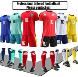 Nuevos uniformes personalizados Niños adultos traje de fútbol primavera nuevo juego campamento de entrenamiento camisetas de entrenamiento impresas número impreso transpirable corto slee desde fabricantes