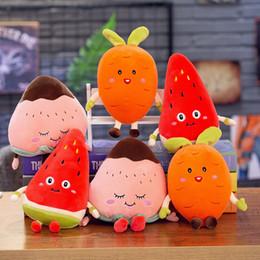 wassermelone plüschtier Rabatt Plüschpuppe Obst Plüschtiere Design Gefüllte Puppe Spielzeug Wassermelone Karotte Erdbeere Plüschpuppe Beste Geschenke Für Kinder Spielzeug