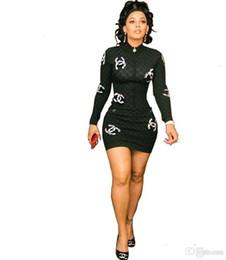 2019 einteilige hemden Frauen einteiliges Kleid Minikleid mit langen Ärmeln schlank über Knie-Shirt-Kleider Qualität Nachtabnutzung Frauen Kleidung