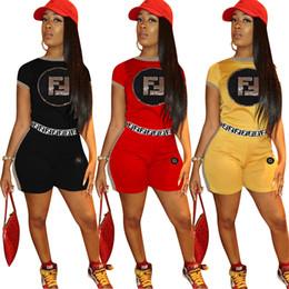 Costume da donna Tute Estate F Lettera Paillettes bicolore Pantalone completo attivo Abiti manica corta Top Pantalone completo giallo rosso nero da
