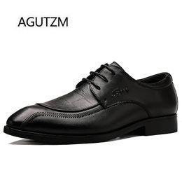 nouveau habiller les hommes Promotion AGUTZM 1987 New Fashion Lace Up Chaussures habillées pour hommes de 100% véritables hommes britanniques bout pointu chaussures de mariage en cuir de vache souple