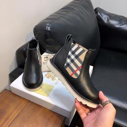2019 scarponi da neve bianchi per bambini Scarpe di design per bambini di lusso per ragazzi ragazze per bambini per bambini plaid pattern scarpe studenti adolescenti stivali matin vendita calda di alta qualità nuovo EUR 26-35