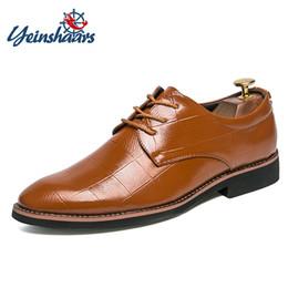 6725067a06 YEINSHAARS Hombre Zapatos de oficina Negro Blanco Marrón Zapatos de vestir  para hombre Primavera Otoño Traje antideslizante Negocio Calzado formal  rebajas ...