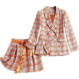 2020 оранжевая юбка Роскошный дизайнерский бренд Женщины Юбка Костюмы с длинным рукавом двубортный плед Blazer и Mini A Line юбка Оранжевый Tweed Set скидка оранжевая юбка