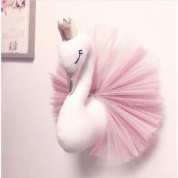 2019 almohadas de cuello de animales al por mayor Almohada del bebé Cisne Corona Gasa Almohada Cojín Dormir Muñecas Dormir en la pared Accesorios de fotografía Decoración de la habitación de los niños Juguetes