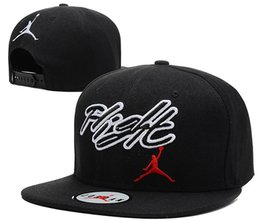 Новые Горячие мужские женские шляпы Баскетбол Snapback Чикаго Бейсбол Snapbacks Шляпы Мужские Плоские Шапки кости Регулируемая Шапка Snapback Sport Hat заказ смешивания от Поставщики спортивные толстовки для мужчин