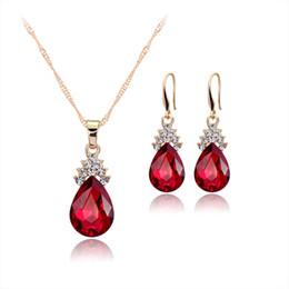 Conjunto de boda rojo diamante online-Collar de cadena de oro azul cristalino diamante azul gota pendientes de oro collar de cadena para las mujeres joyería de la boda