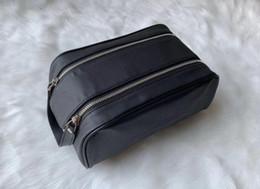 2019 bolsas de cosméticos amarillas casos Nueva llegada mujeres viajando bolsa de baño diseño de moda mujer bolsa de lavado bolsas de cosméticos de gran capacidad bolsa de tocador de maquillaje bolsa de viaje bolsas 886
