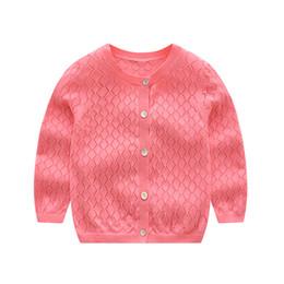 2019 Primavera Verano Algodón Hollow celosía Niñas Suéter de punto princesa cardigan Chaqueta de los niños Ropa de bebé Abrigo de Niños 1T-5T desde fabricantes