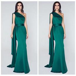 Unqiue Une Épaule Sirène Robes De Soirée Élégant Vert Émeraude Long Arabe Plus La Taille 2019 Celebrity Formelle Robes De Fête Sur Mesure ? partir de fabricateur