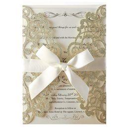 2019 cumprimentos do dia de mães 100 pcs Champagne Glitter Laser Cut Cartões de Convite Com Folhas Internas Em Branco E Envelopes Para Convites de Casamento Chá de Panela Y19061704