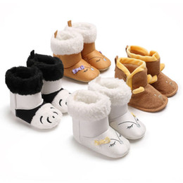 Мультфильм обувь продажа онлайн-2019 Newborn Infant Baby Shoes Boy Girl Short Boots Autumn Winter Warm Soft Sole Cute Casual Cartoon Fashion New Sale Shoes