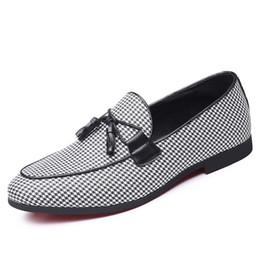 sapatas grandes dos pés Desconto TOP QUAY tendência respirável Sapato Ao Ar Livre definir o pé baixo para ajudar único apartamento com sapatos cavalheiro sapatos cross-border tamanho grande dos homens
