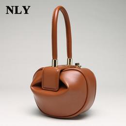 piccoli borse da polso Sconti 2017 Fashion Split Leather Ladies Vintage Vintage Small Mini Hobos Lock Borsa a tracolla con tracolla a tracolla