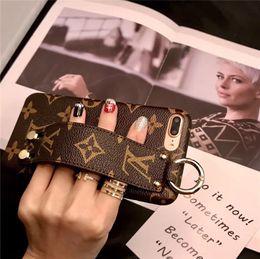 2019 funda protectora de camo iphone caso max Teléfono XS clásico para el iPhone de Apple XS Max / XR 8/7 Plus con pulsera de cuero de la cubierta de parachoques para Mujeres