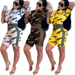 2019 roupas esportivas de moda Roupa das mulheres de manga curta roupas de duas peças set cardigan moda impresso treino terno terno esporte klw0868 roupas esportivas de moda barato
