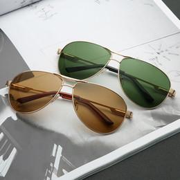 2019 ce occhiali da sole 3325 Fashion Guy's Occhiali da sole Occhiali da sole Uomo Occhiali da sole a specchio di design classico con scatola di marca CE ce occhiali da sole economici