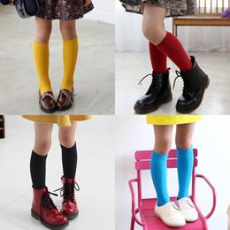 Botas longas de meninos on-line-Moda infantil meninas longa meia criança bebê menina meninos meias no joelho sólida doce cor perna mais quente de algodão quente meia bota 1-12 t