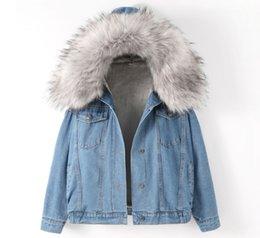 denim jaqueta mulheres xs Desconto 4 Modelos Novo Casaco de Inverno Solto Grosso Gola de Pele Grande Denim Jacket Quente Além de Veludo de Algodão Mulheres Casaco Jeans Com Capuz Jaquetas