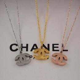 Colares de platina para mulheres on-line-3 cores designer de jóias de aço titanium amor colar 18k banhado a ouro colar de moda com platina de ouro rosa de luxo mulher presente do amor