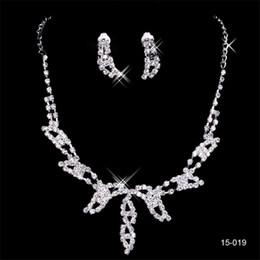 15019 Tasarımcı Seksi Elmas Küpe Kolye Parti Balo Örgün Düğün Takı Seti Gelin Aksesuarları Ücretsiz Nakliye Stokta supplier diamond gel nereden elmas jeli tedarikçiler