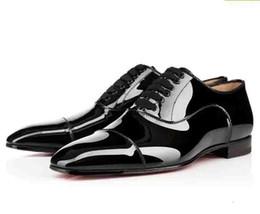 sapatos de couro para homens Desconto Sapatos Getleman vestido de partido com parte inferior vermelha do vestido do negócio Shoes Men Leather Lace Up Formal Designer sapatos de luxo Red sola de sapato Top Quality