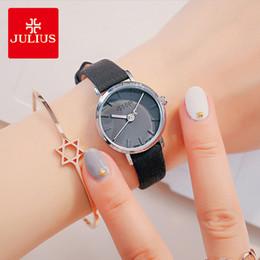 relógio de pulso julius Desconto Julius marca clássico relógios de couro preto mulher simples à prova d 'água relógio de pulso de quartzo senhora vestido relógio relógio montre femme presentes