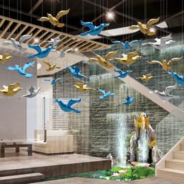 Argentina accesorios 10pcs / lot de techo de cristal colgante del colibrí pájaro del color Decoración de la boda de acrílico ornamento de DIY fiesta de Halloween Decoración Hogar Suministro