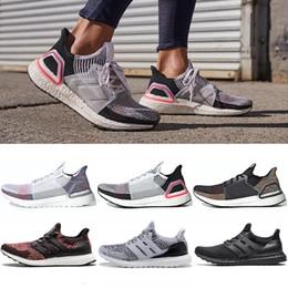 2019 zapatos de hipebeast Nueva Ultraboost 3.0 4.0 zapatos corrientes de los hombres triples Negro Mujeres Ultra Boost Hypebeast Primeknit Core Negro Blanco 5.0 19 Sport zapatillas de deporte 36-47 zapatos de hipebeast baratos