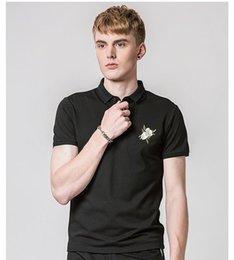 2020 neue designhemd-halsbänder Neue Freizeithemd Luxuxentwurf Rose Blumenmuster Sommer Mens Shirt Umlegekragen Shirt Männer plus Größe M-4XL günstig neue designhemd-halsbänder