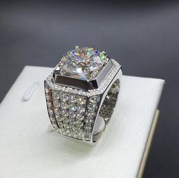 Anillo para hombre joyería hip hop Circón helado anillos de lujo Corte Topaz CZ Diamond Piedras preciosas llenas Banda de boda Joyería de moda al por mayor desde fabricantes