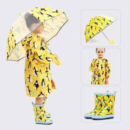 2019 guarda-chuvas para meninas Crianças Capas de Chuva Dos Desenhos Animados À Prova D 'Água Meninas Menino Casaco de Chuva Com Capuz Botas de Chuva Galochas Umbrella Correspondência Terno Crianças Poncho guarda-chuvas para meninas barato