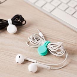 Sıcak Satış Fonksiyonlu Yönetim Silikon Kulaklık Kulaklık Kordon Sarıcı USB Kablosu Tutucu Kayış Manyetik Organizatör Renkli Klipleri toplayın nereden saydam el feneri tedarikçiler