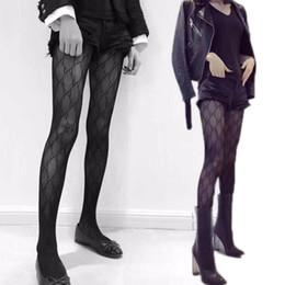2019 topper mode Sexy Damen Silk Stockings Marke Socken Damen Strumpfwaren Mode Strümpfe reizvolle transparente Gitter Strümpfe Weibliche Strümpfe Schwarz