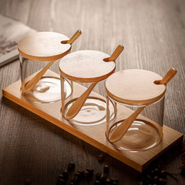 conjuntos de especias Rebajas 3pcs / set creativo transparente tarro de cristal de la especia de la cocina de tres piezas Botellas del condimento Tanque de almacenamiento condimento botella dispensadora de la caja de Salt