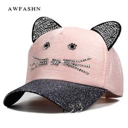 розовый женский горный хрусталь Скидка Женские шапки мигающие Rhinestone Бейсболка с Cute Cat Ears Snapback Шляпы для женщин Drake металлическое кольцо Trucker Розовый Cap