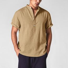 2019 chemise à manches retroussées Casual Hommes Coton Lin Chemises 2019 Mode Respirant Pull Chemises D'été Porter V-Cou Shirt Roll Up Manches Cool Tops chemise à manches retroussées pas cher