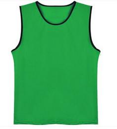 2020 camisas de futebol verde em branco em branco 10pcs / lot de Homens Grupo de futebol contra babadores Verde jerseys de treinamento de futebol dos homens do grupo camisas de futebol esportes contra malha colete camisas de futebol verde em branco barato