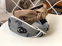 Cerchi sciarpa online-Cerchietto di lusso Cerchietto di seta per le donne Design fresco di estate Cerchietti annodati Testa di alta qualità Sciarpe Headwraps Accessori per capelli drop ship