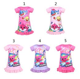 5 muchachas del estilo del bebé del tiburón vestido de noche nuevos niños encantadores de dibujos animados princesa del tiburón vestidos de fiesta niños casa camisón ropa B desde fabricantes