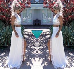2019 bainha de verão chiffon duas peças 2019 Modern Two Pieces Lace Chiffon Vestidos de casamento elegante bainha dividir alto colar nupcial verão praia vestidos de casamento desconto bainha de verão chiffon duas peças