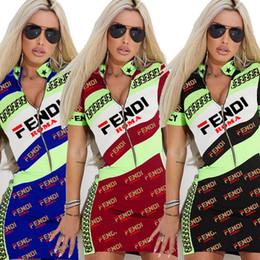 2019 t-shirts chauds sexy de filles S-3XL D'été Femmes F Lettre V Cou Robe Sexy Zipper Jupe À Manches Courtes FF T-shirts Mince Robe Casual Moulante Filles Mini Robes chaud A4803 t-shirts chauds sexy de filles pas cher