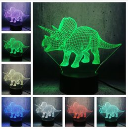 Triceratops Dinosaur Illusion 3D Lampada 7 Cambia colore Remote Touch Led Night Light Bambini Lampara Baby Sleeping Toys Fan Chid Xmas Best Gifts da
